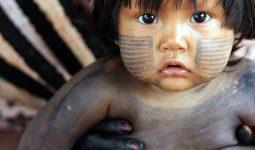 Amazonda Yaşayan Çocuklar