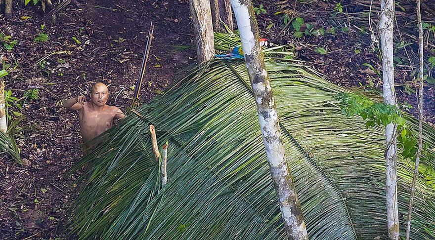 Amazonlarda Keşfedilen Yerli İnsanlar