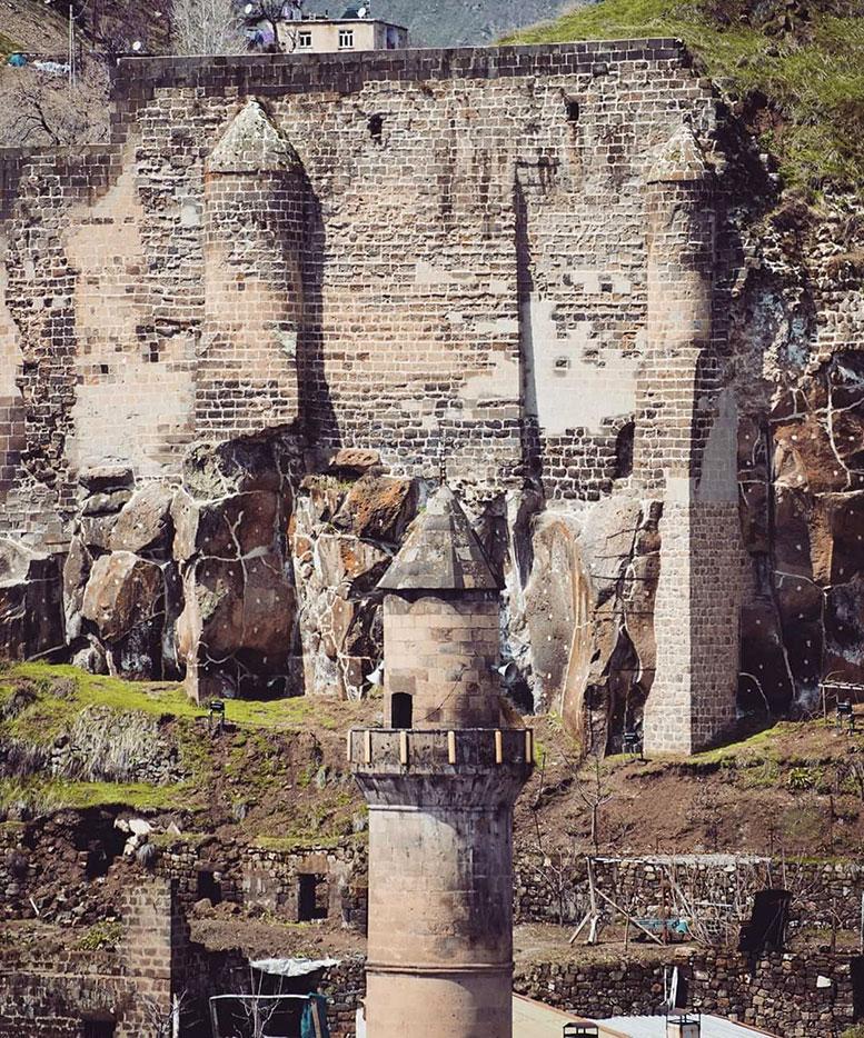Bitlis Meydan Cami Minaresi