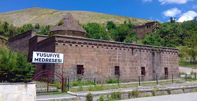Bitlis Tarihi Yerler